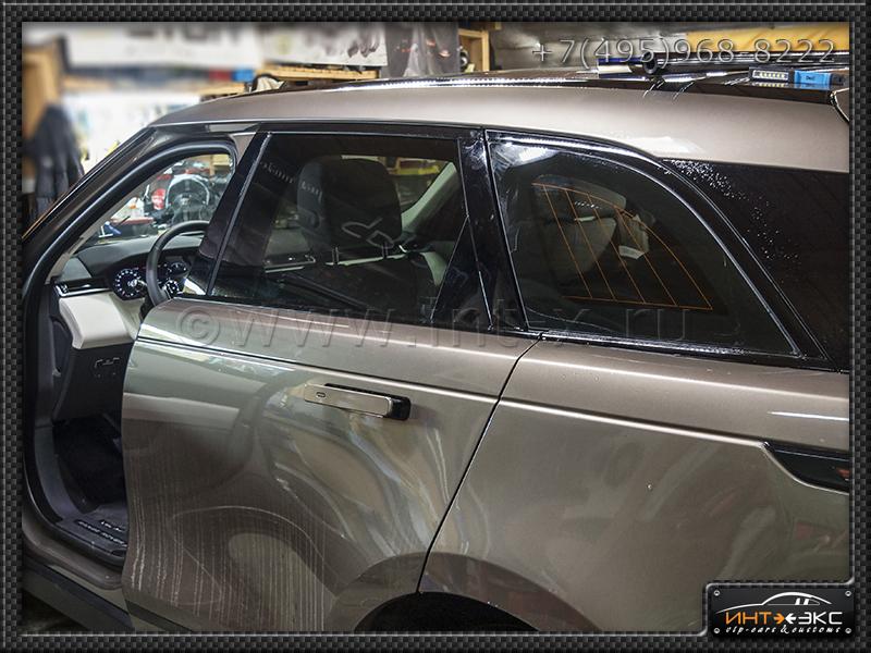 Range Rover VELAR тонирование задней зоны 4..jpg